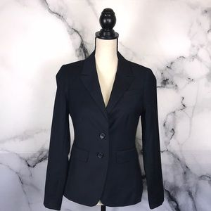 🦋THE LIMITED🦋 lined navy blazer